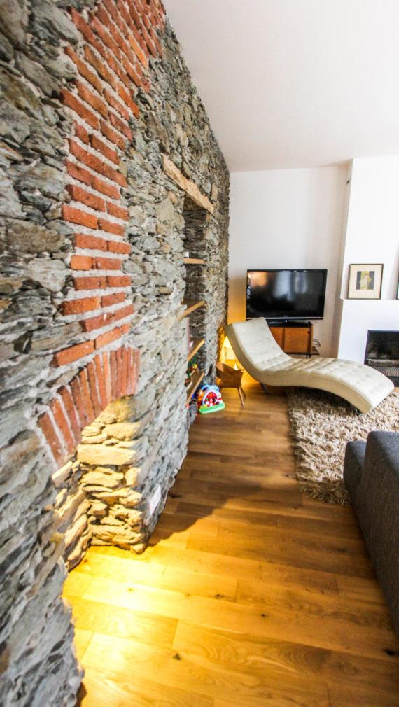 Mur pierre apparente interieure